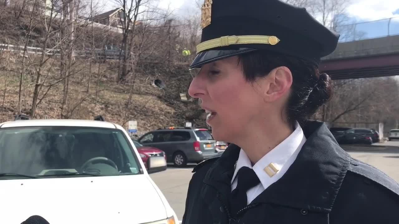 Captain Jennifer Kelly discusses how the MTA police approached the scene of the crash Tuesday and assisted passengers.