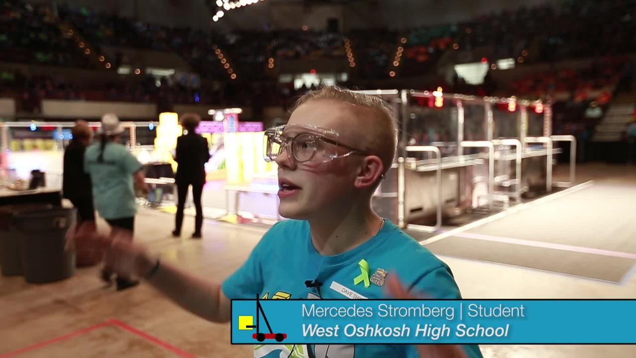 Oshkosh WAVE robotics team takes first place in regional competition in La Crosse.