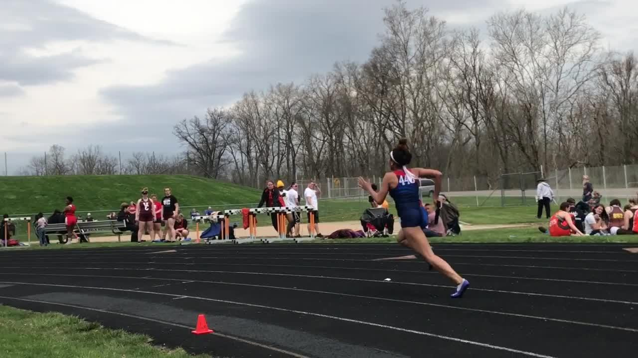 Newark and Licking Valley competed in Heath's Hank Smith Invitational on Saturday.