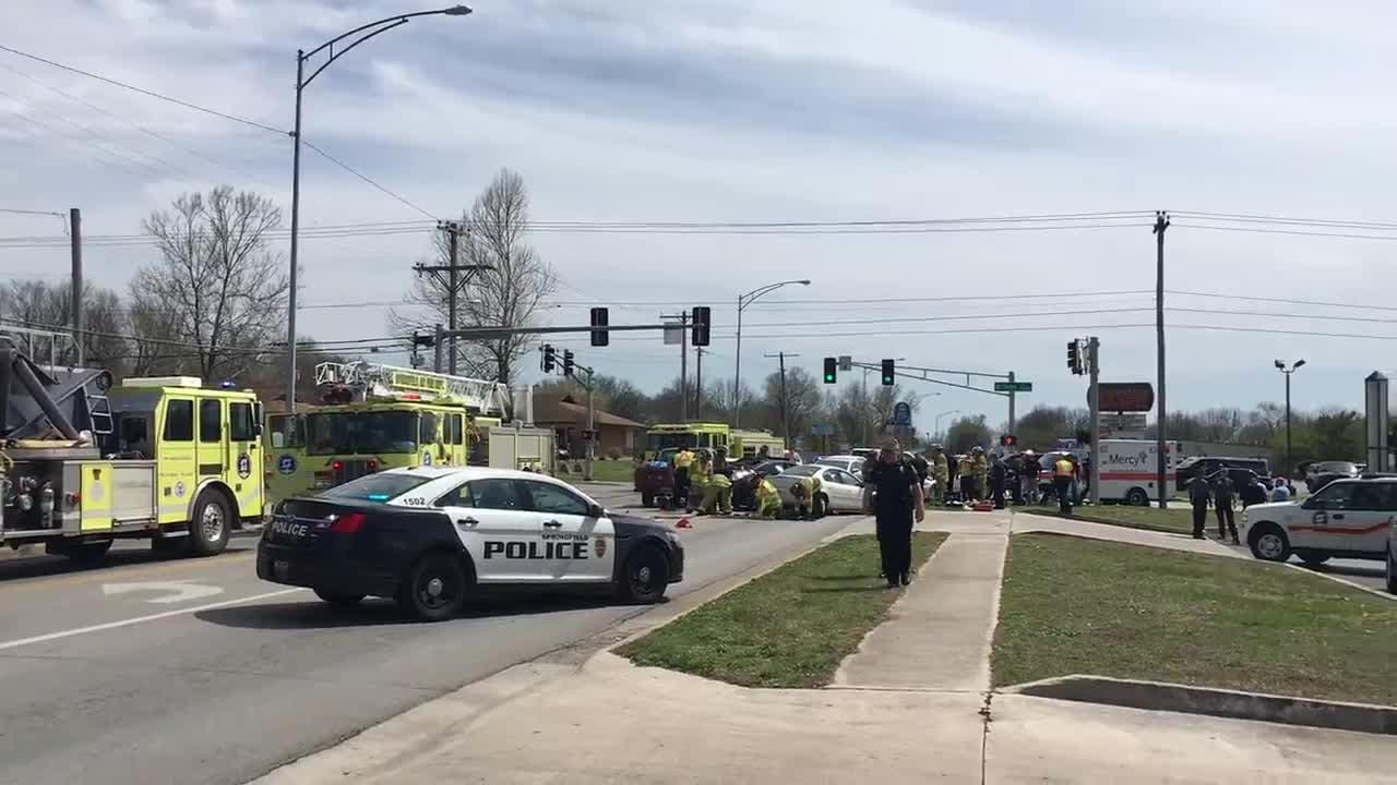 Scene of a 3-car crash in Springfield