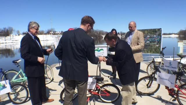 Outagamie County Executive Tom Nelson announces the Loop the Locks trail Thursday in Kimberly.