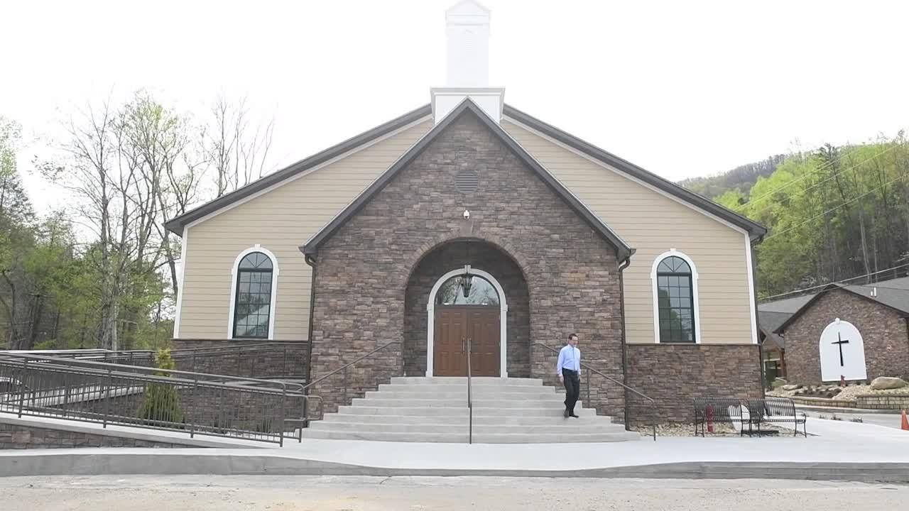 Roaring Fork Baptist Church hold their first service in new worship hall after Gatlinburg fires