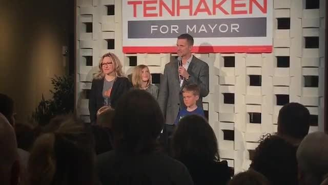 Paul Tenhaken gives his victory speech after being elected Sioux Falls mayor.