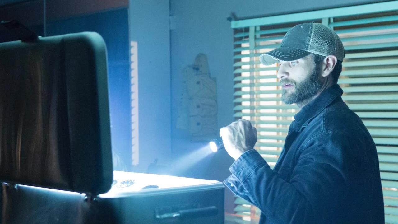 Fort Myers High graduate Alan Powell plays Mike McQuigg, an undercover agent who joins the team on the ABC show 'Quantico.' It airs Thursday nights.