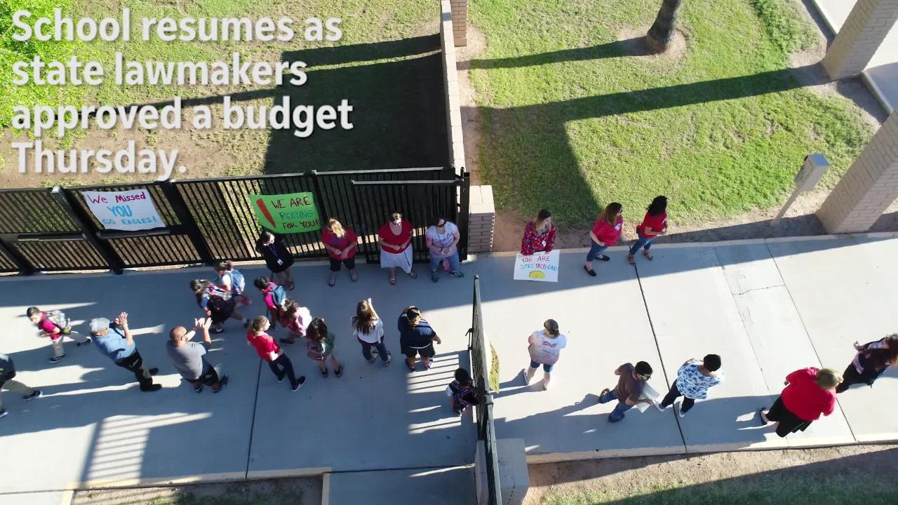 Mesa students return to class after 6-day teacher walkout
