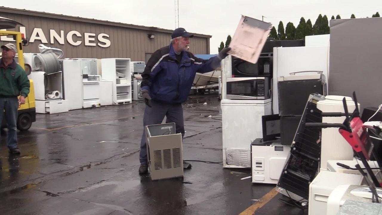 FASCO Appliance is holding their 12th annual free recycling days at the store.  They take appliances and anything metal and more.