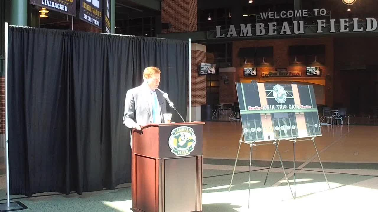 The Green Bay Packers will replace Verizon with Kwik Trip as a sponsor of an entry gate to Lambeau Field this season.