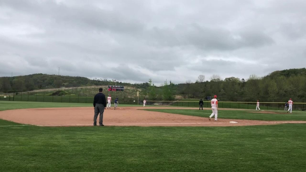 Nate Chorney singled in Xander Burch with the winning run in the eighth inning as Edison beat Lansing, 2-1, in the IAC Large School title game May 16.