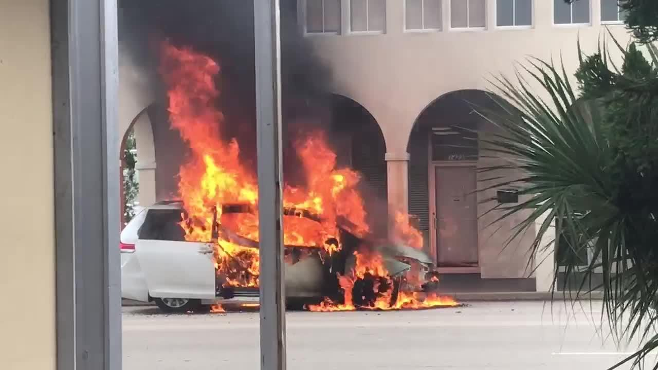 Vehicle fire in downtown Vero Beach left burn marks on the Statewide Commercial Building. Video posted May 19, 2018, by Mary Helen Moore, TCPalm
