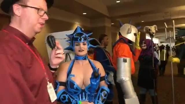 Cosplay competition heats up at Motor City Comic Con