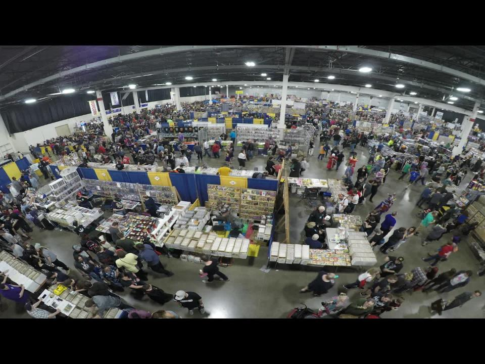 Watch the Motor City Comic Con floor as thousands walk the aisles on Saturday, the pop culture convention's busiest day.