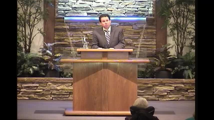 New Walnut Street Church minister Bryan McAlister