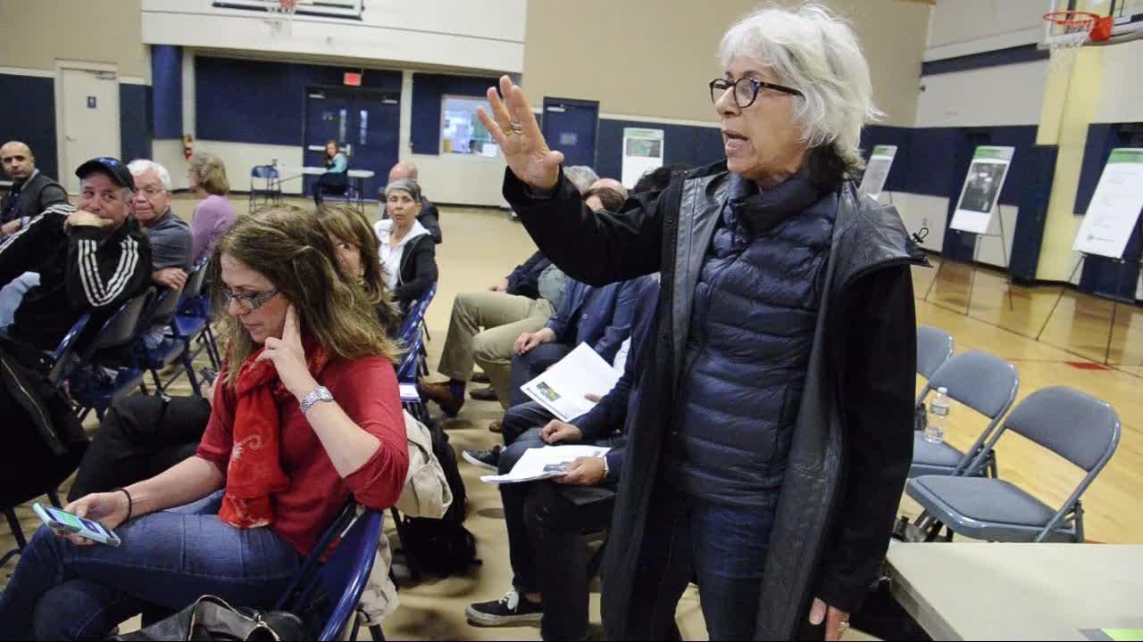 EPA discusses Edgewater Superfund site cleanup