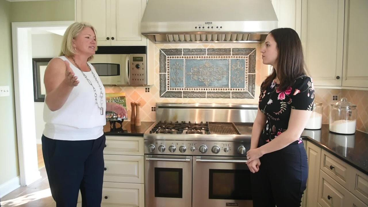 Home staging expert Ida Randall gives tips on how to stage your home for selling
