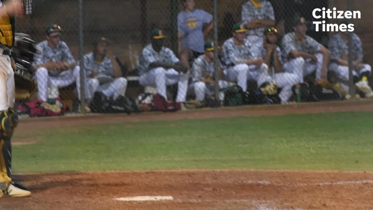 Reynolds defeats Crest high school 5-1 in game one of their regional finals series