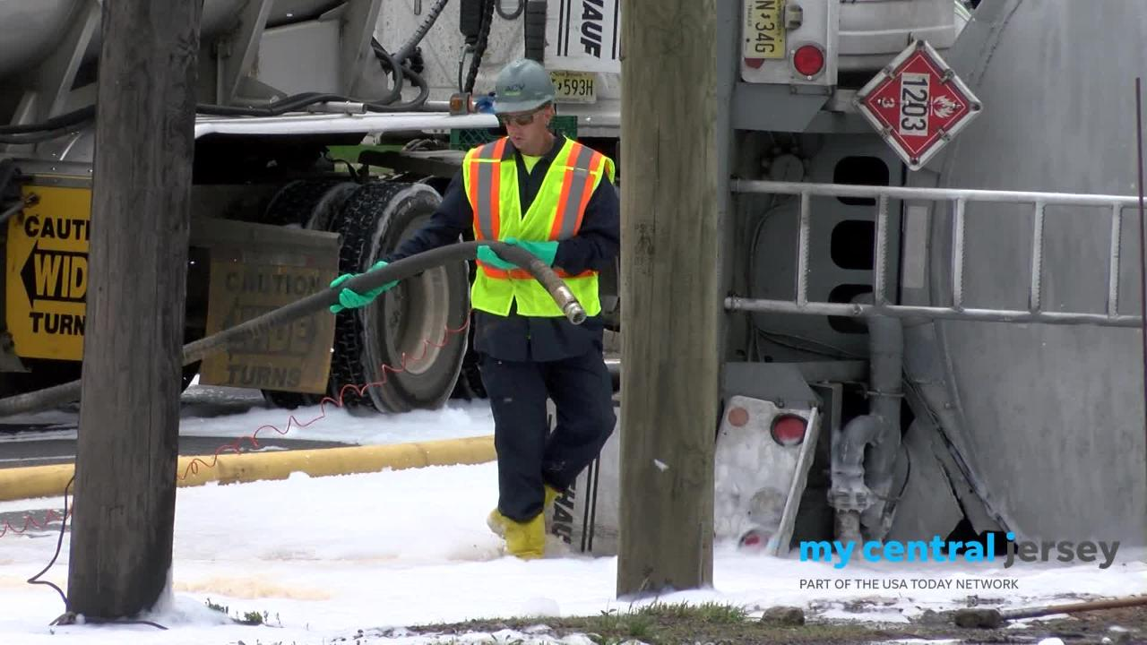 A gas truck turning from South Stiles Street onto southbound Route 1 in Linden overturned and ruptured, spilling nearly 9000 gallons of gasoline on the roadway.