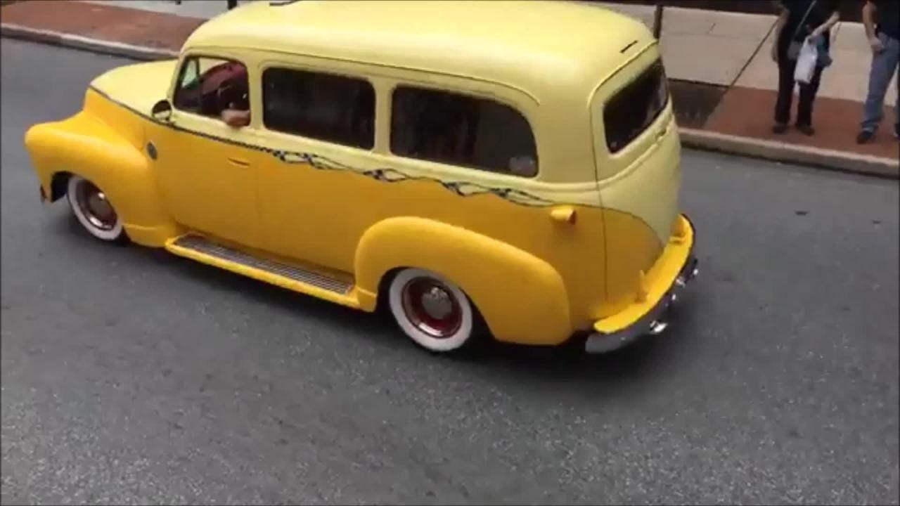Video of the 2018 street rod parade down Market Street in York, part of the annual Street Rod Nationals East show.