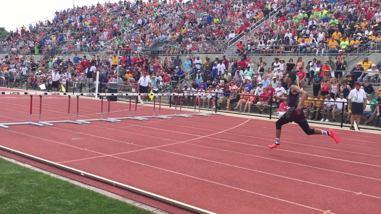 John Glenn's Joseph Clifford and Sheridan's Ethan Tabor finished 1-2 in the 300 hurdles of the Division II state meet.
