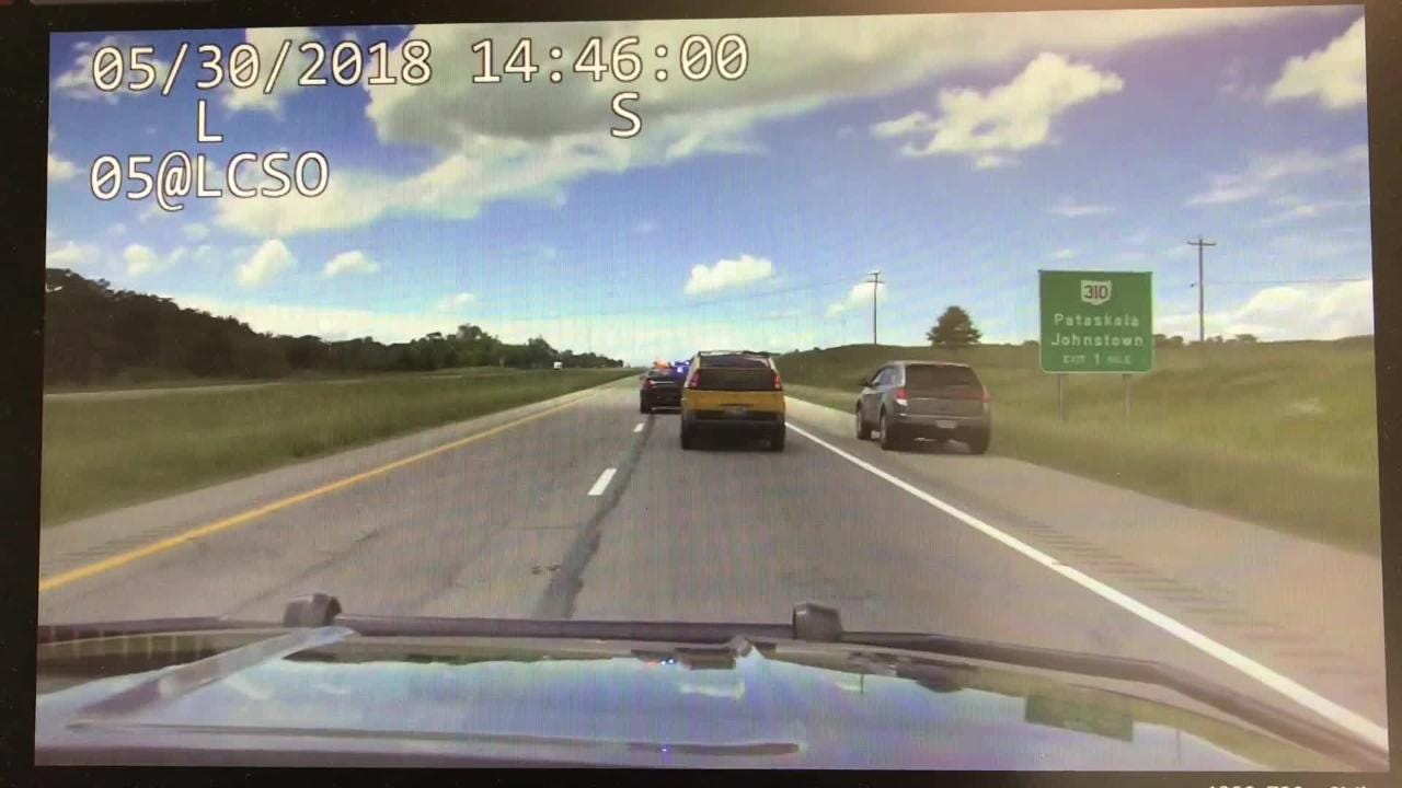 A burglary in Licking County led to a highway chase that ended with the suspect being taken into custody Wednesday by Franklin County Sheriff's Office deputies.