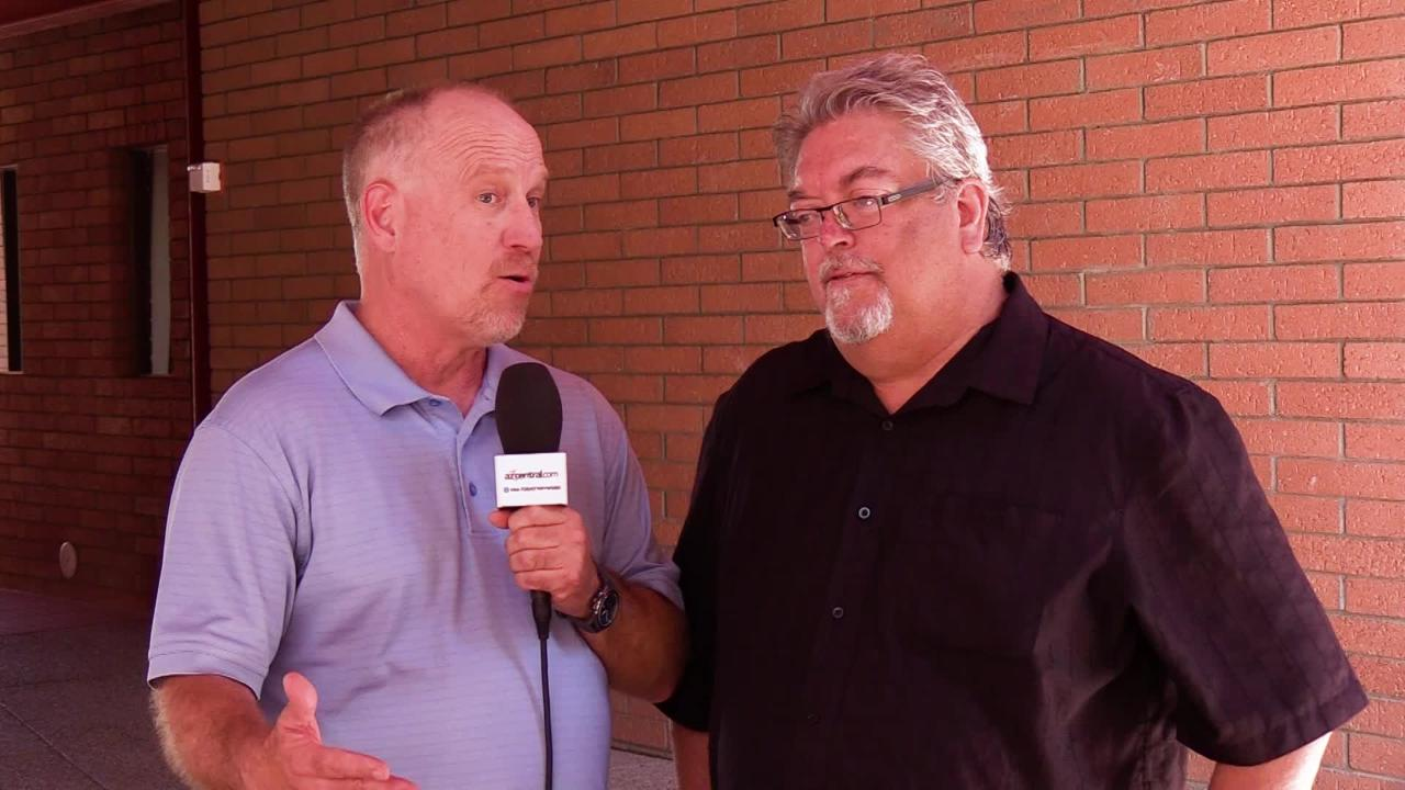 azcentral sports Kent Somers and Bob McManaman discuss who will start as the Arizona Cardinals quarterback.