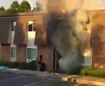 Anderson firemen at Ashford Cove apartments
