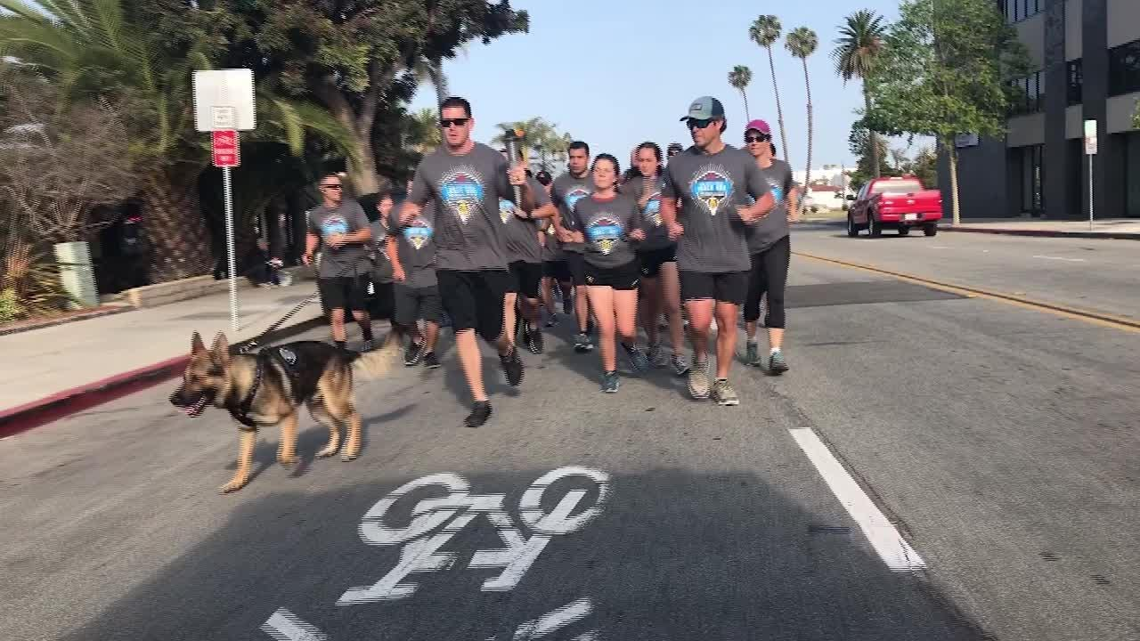 See runners support Special Olympics athletes