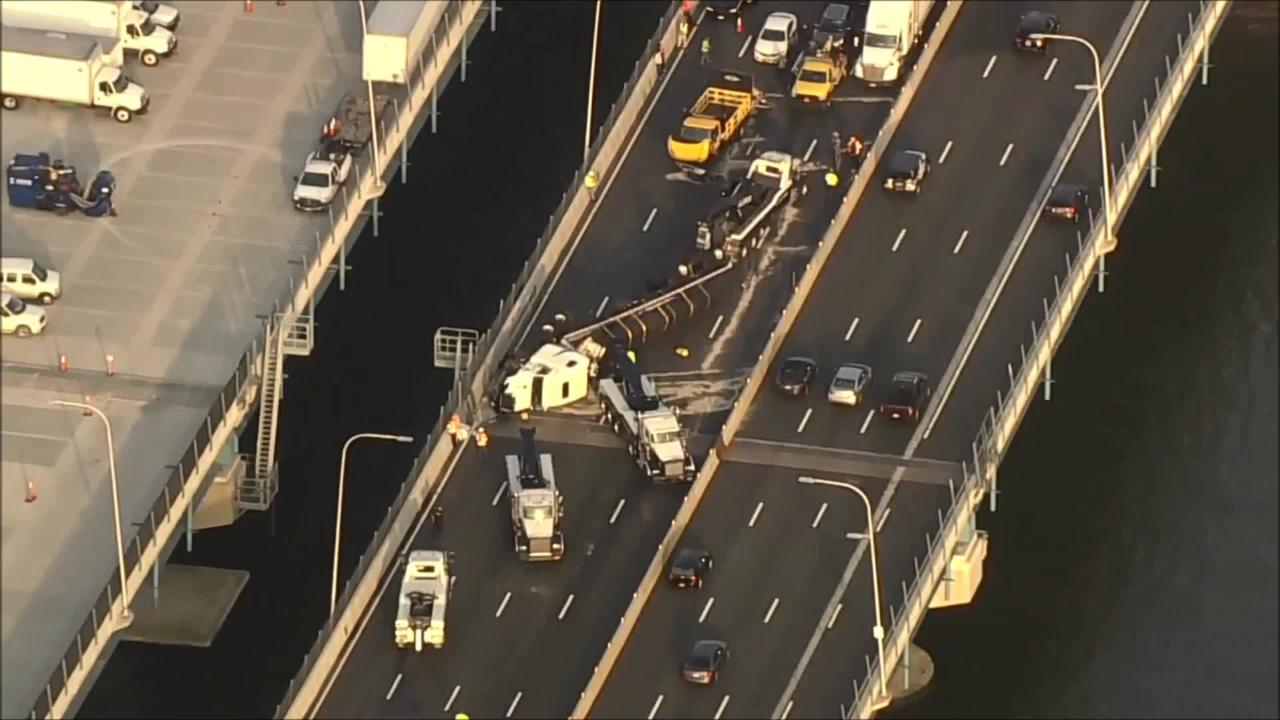 Cuomo bridge turnarounds to ease traffic snarl on both spans