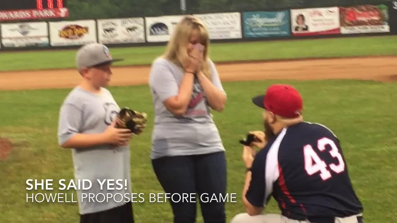 Licking County Settlers' assistant coach Rob Howell proposed to Anna Sprague before the season opener.