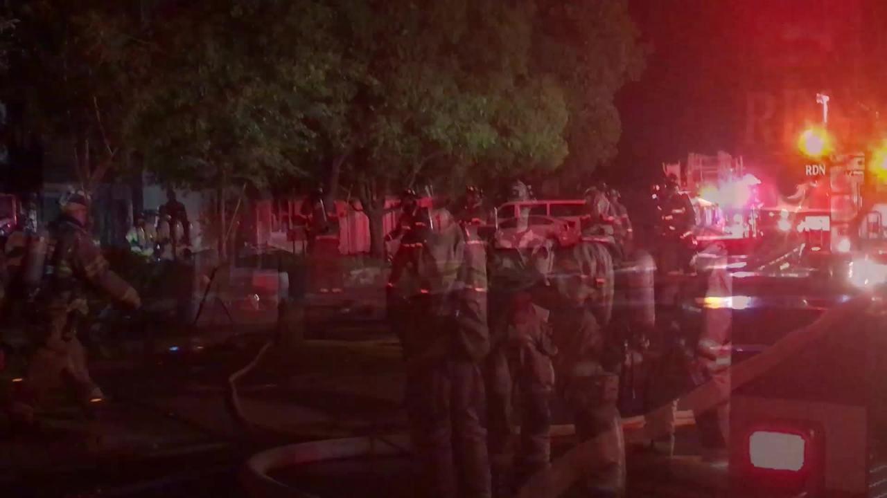 3 men escape fire; garage destroyed