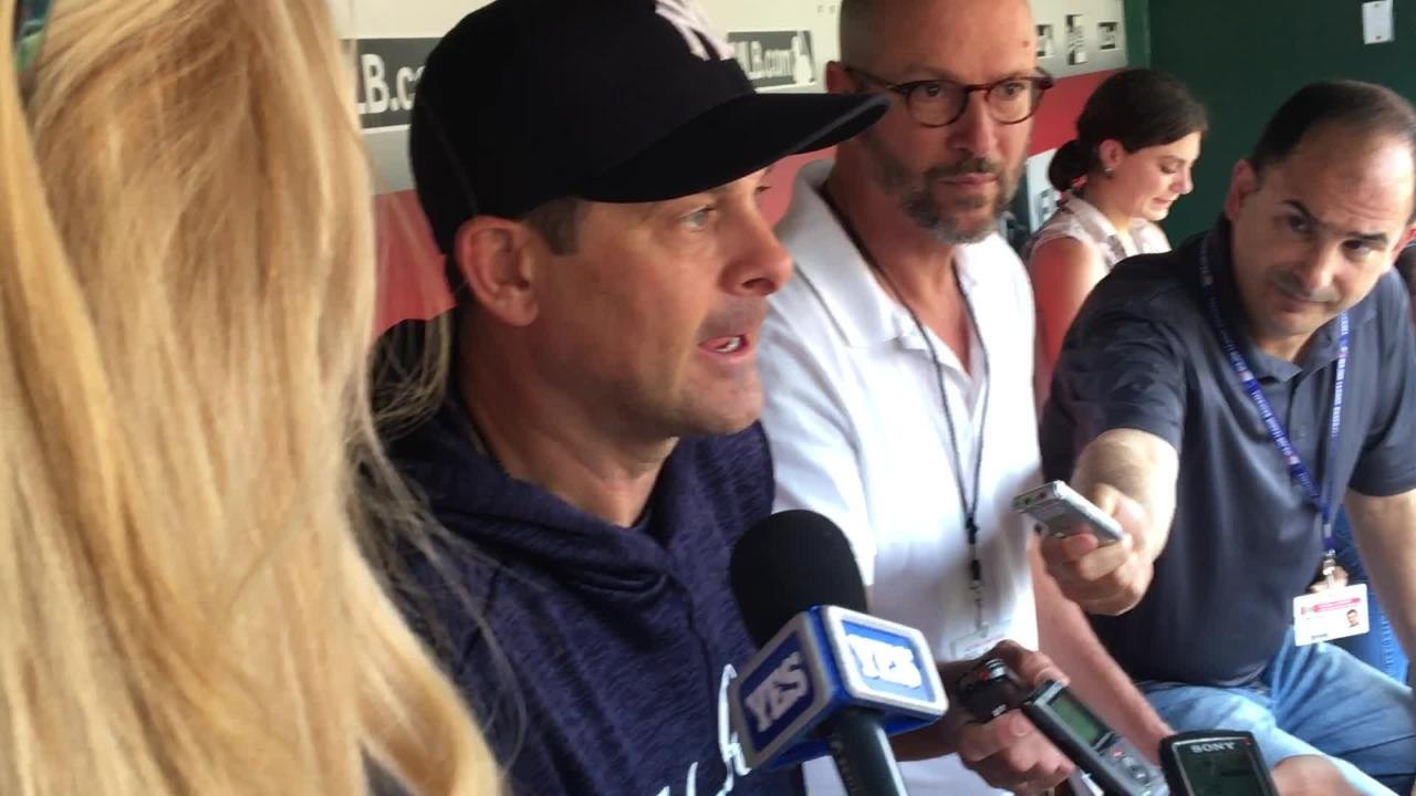 Yankees manager Aaron Boone discusses Brett Gardner's situation (inflammation, right knee)