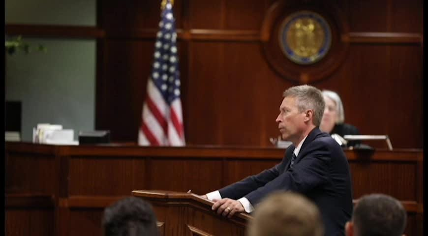 Prosecution and defense differ on Greis intoxication level in opening statements.