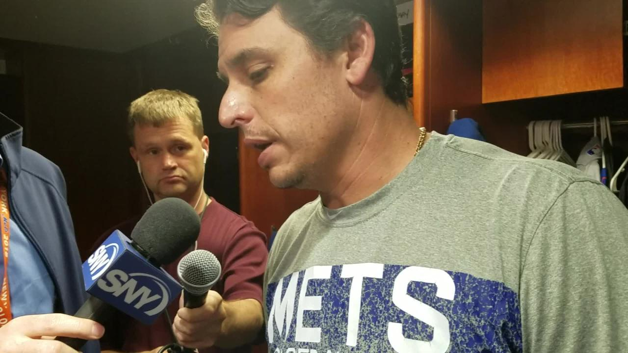 Mets last Jason Vargas on his rough night against the Rockies in a 10-8 loss