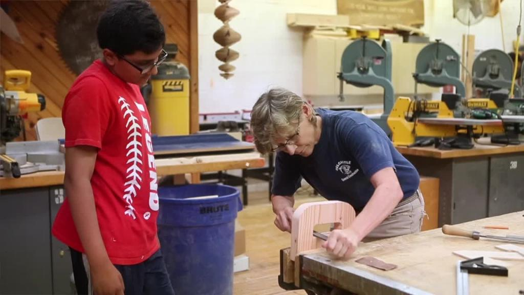Middle School students enjoy working with their hands at summer camp | Delaware Online