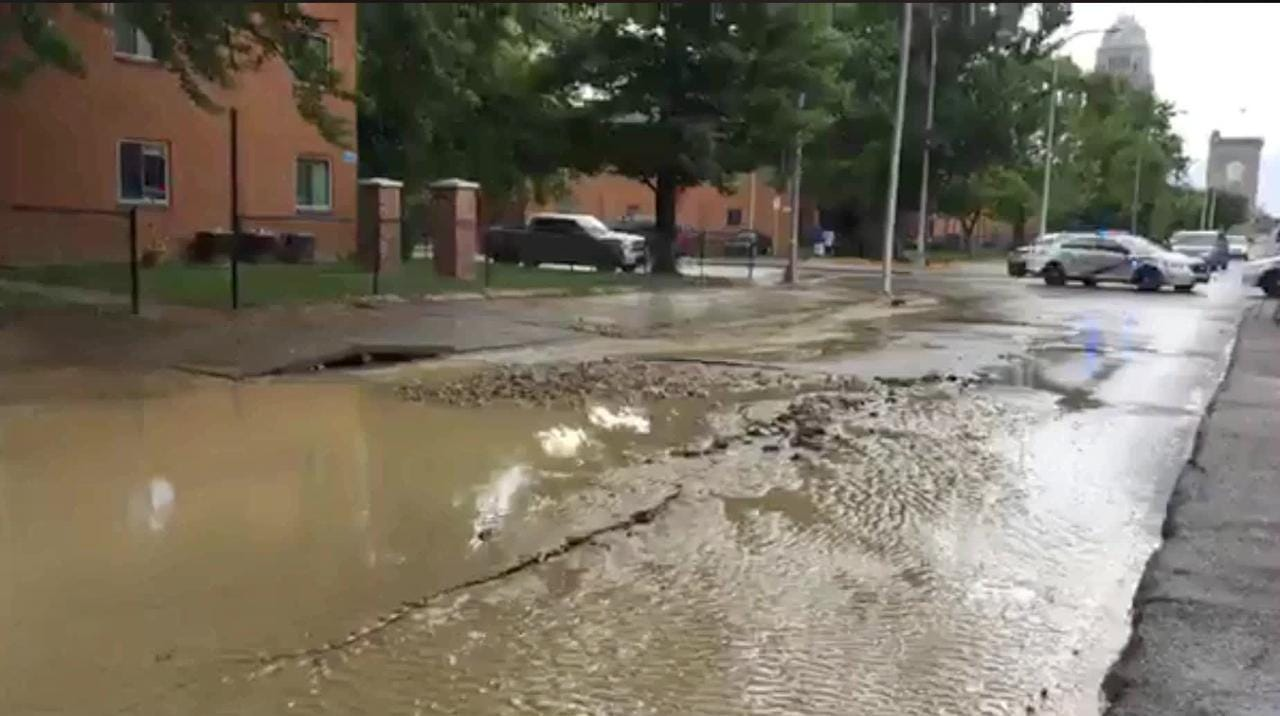 Watch: West Jefferson Street flooded near downtown Louisville
