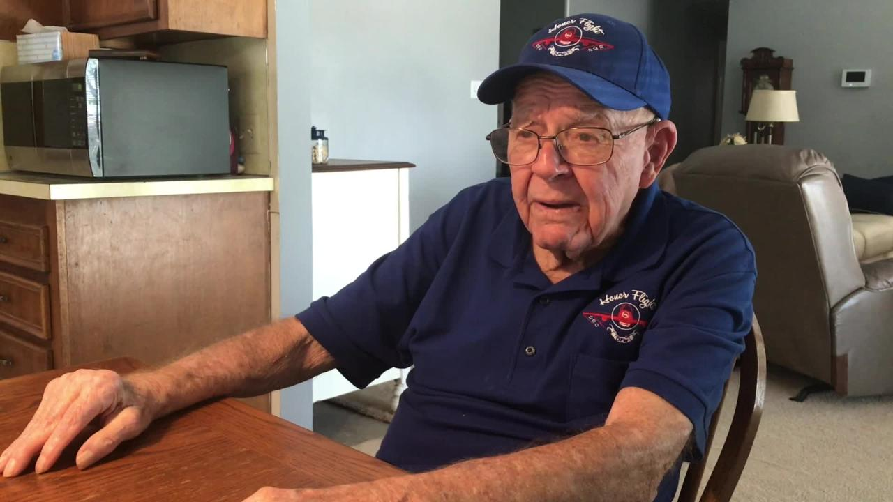 Korean War veteran Lee Trumbo, 87, chats about visiting the Korean War memorial in Washington, D.C. and his role in the Army in the 1950s.