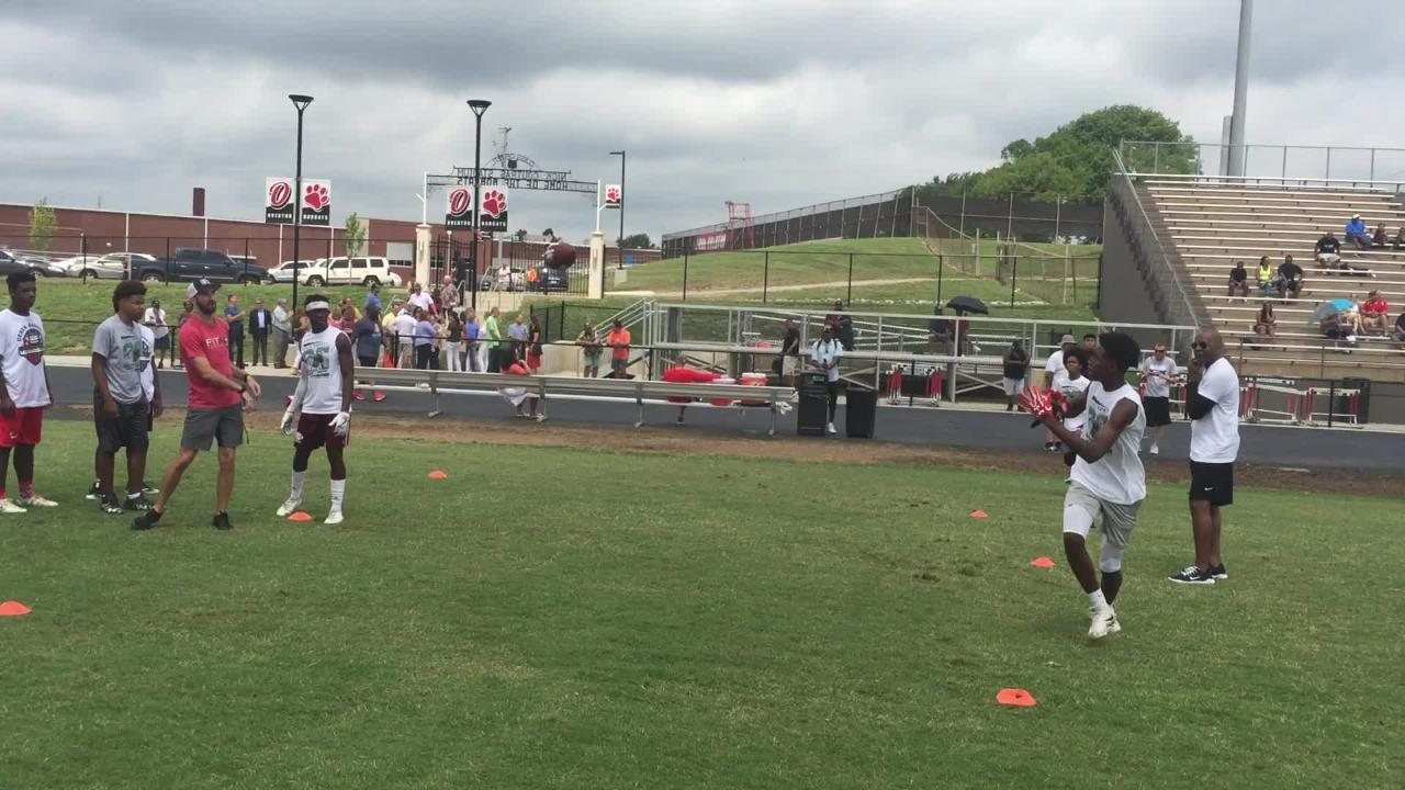 The sights and sounds from Derek Barnett's football camp.