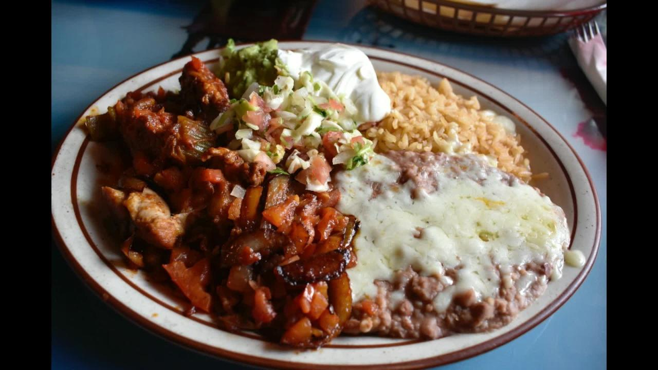 Take a video tour of some of the dishes at Lunch at Puerto Vallarta Mexican restaurant in Redding.