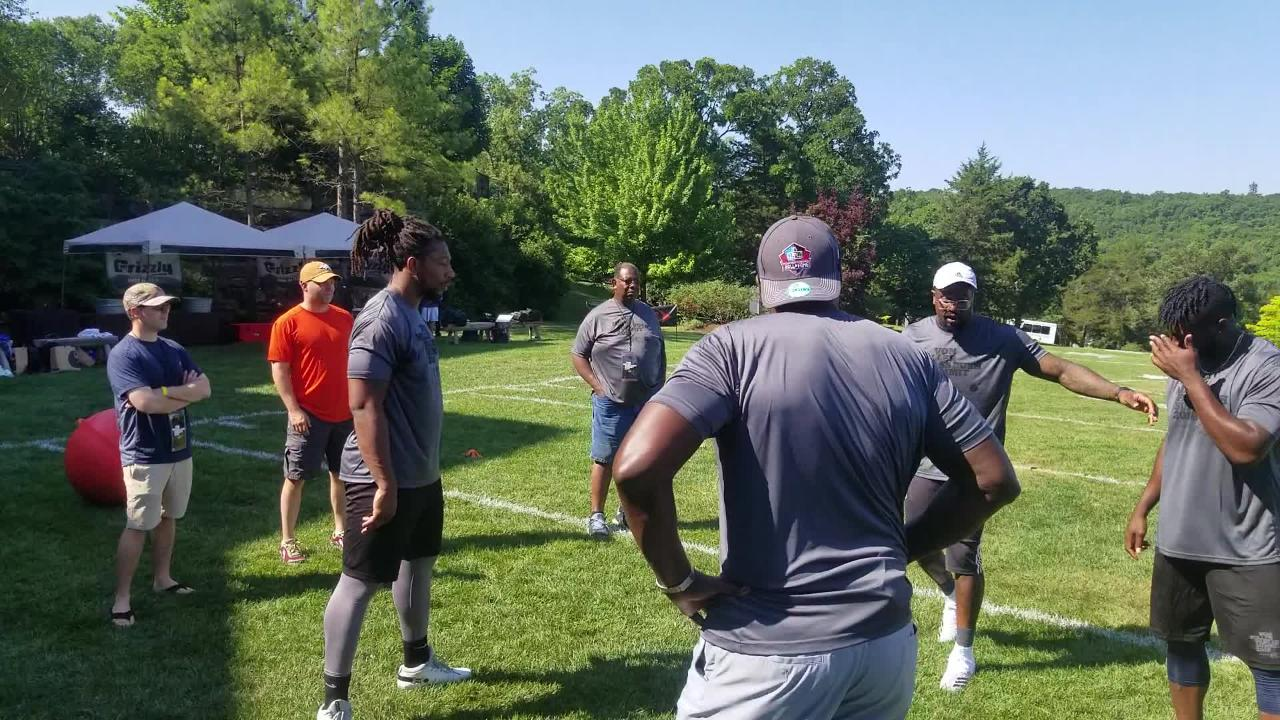 Broncos outside linebacker Von Miller teaches pass rushing techniques at pass rushing summit at Big Cedar Lodge.