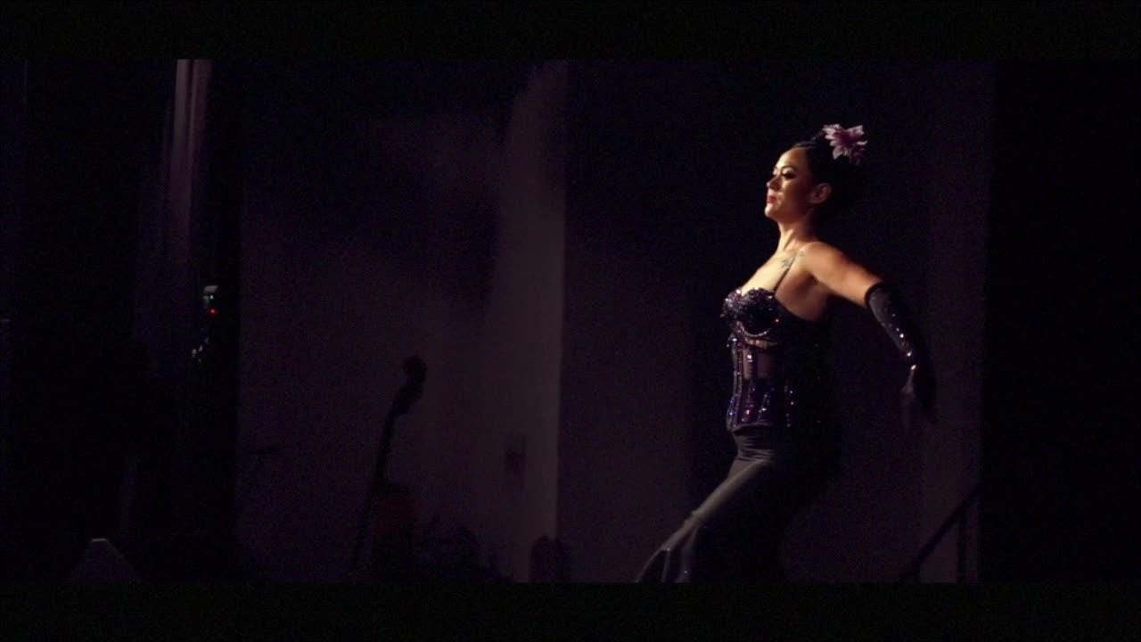 Naples-based dance troupe Glam! Bam! Burlesque! returns to Davis Art Center this Saturday. Here's a look at what to expect at the Fort Myers show.