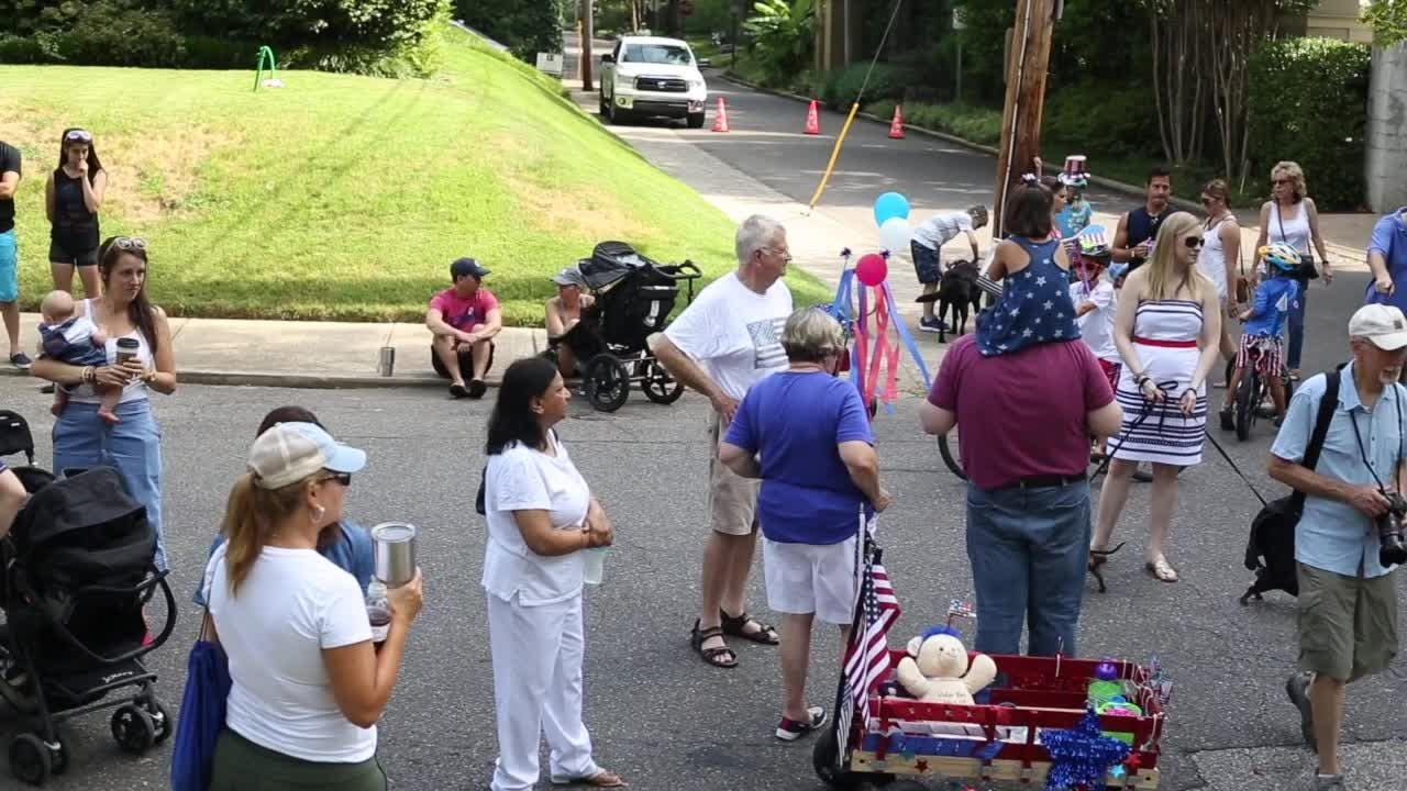 Central Gardens Fourth of July parade