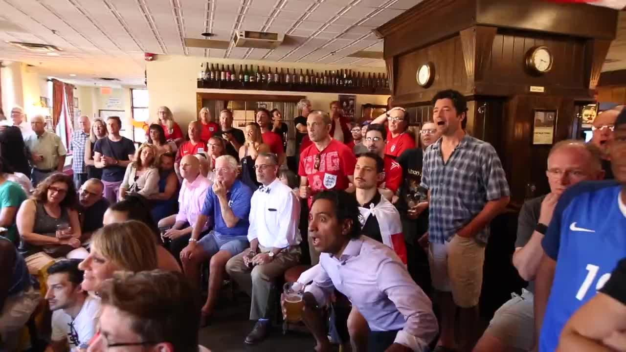England fans in Rochester watch the World Cup game between England and Croatia at The Old Toad. Croatia won 2-1 in extra time and will play France in the final. Video by Carlos Ortiz.