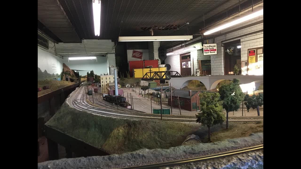 Land and Space: Milwaukee's hot Harbor District has unexpected find: A model railroad club