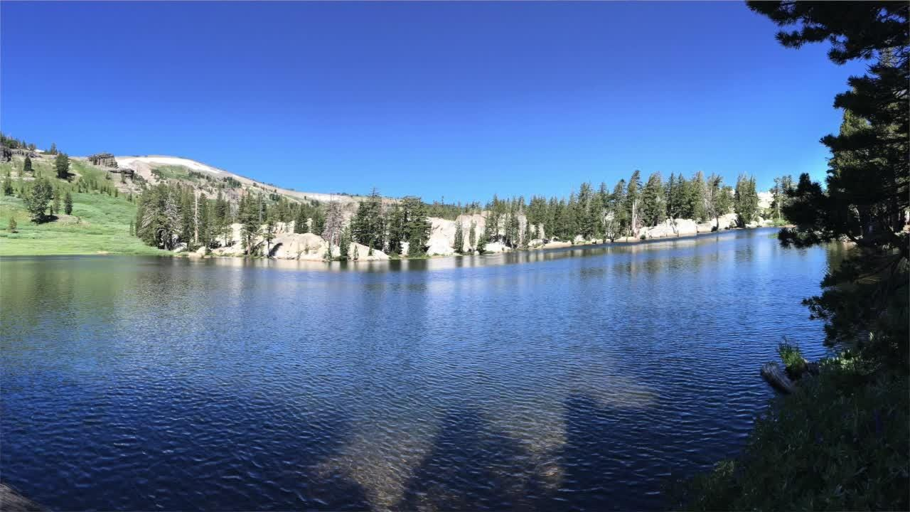 Explore Showers Lake from Carson Pass