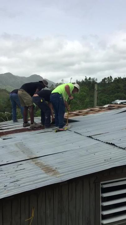 Watch it: Tallahassee's #TeamJayuya rebuilds a roof in Puerto Rico