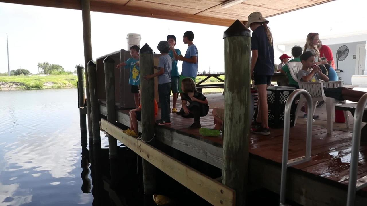 Lake Okeechobee towns feeling impact from algae blooms