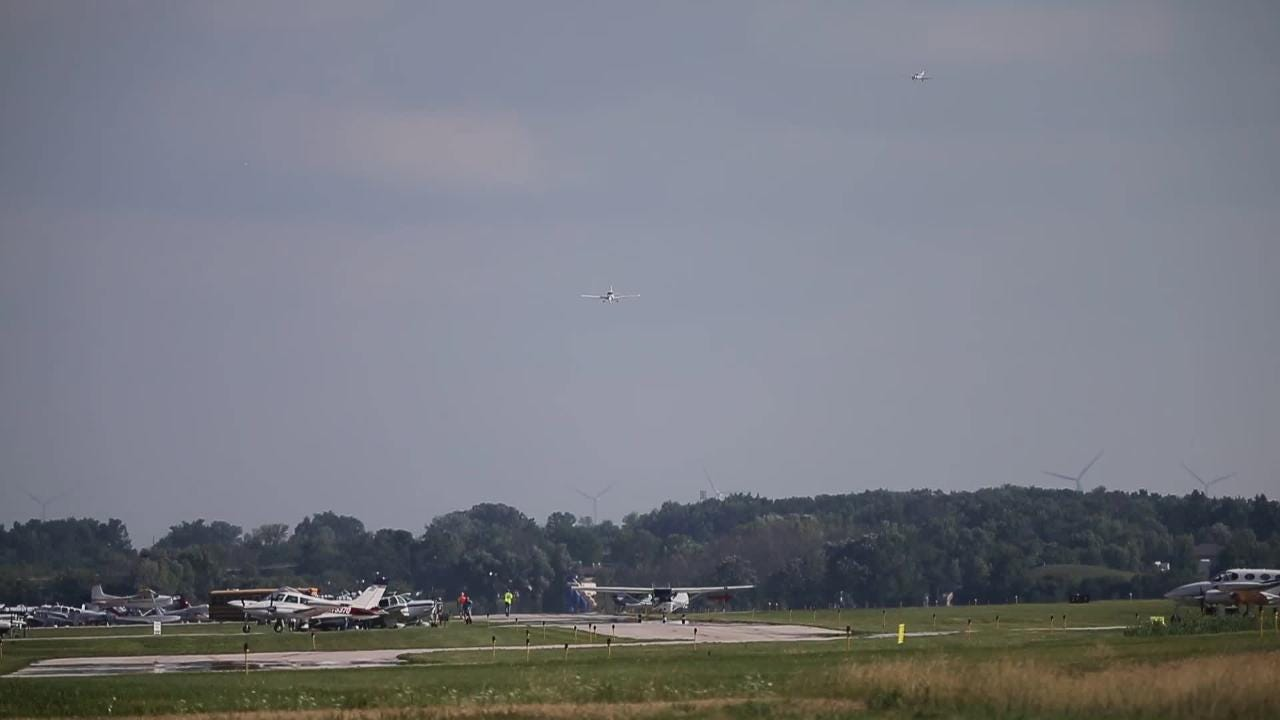 Watch this time accelerated video showing a constant stream of planes landing at the Fond du Lac County Airport just before EAA starts.