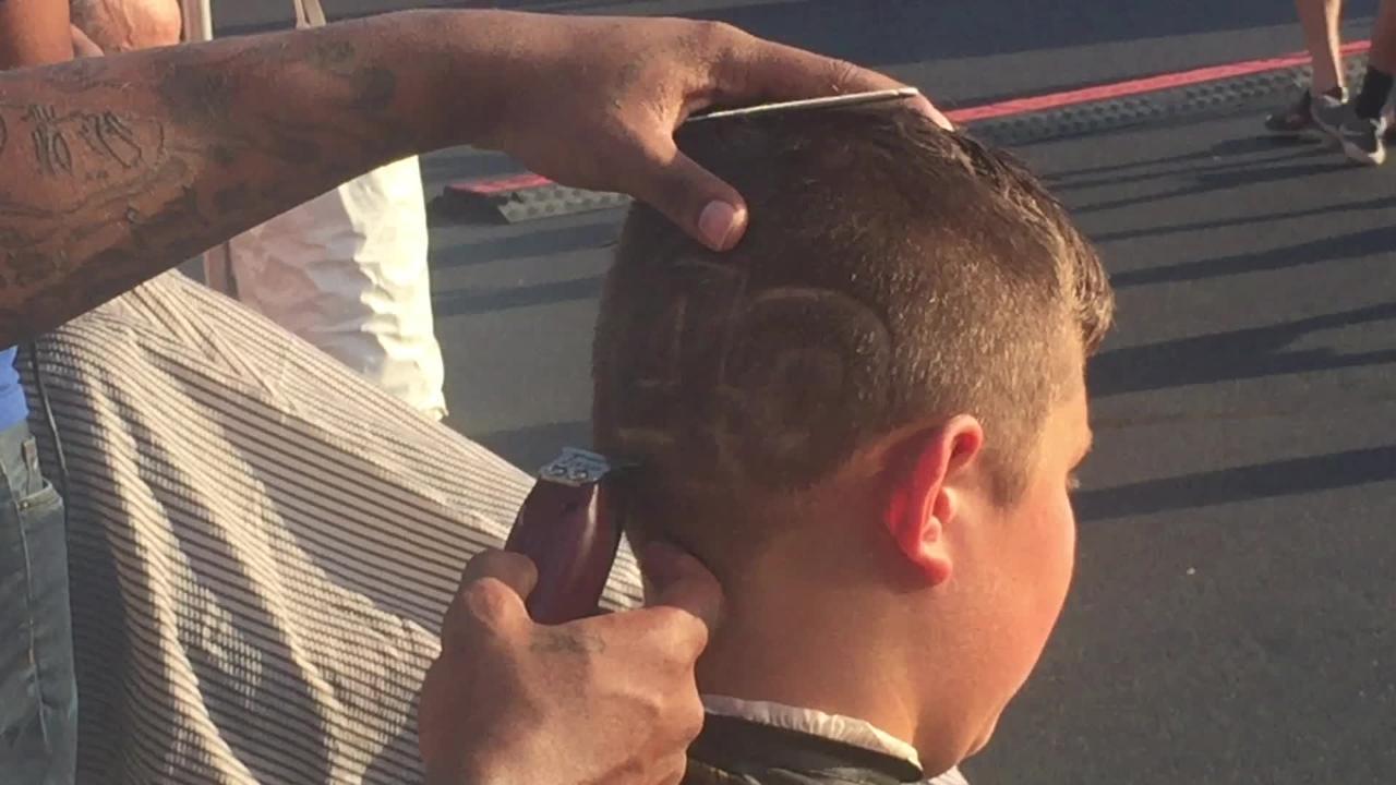 Fans Pump Up Buffalo Bills Rookie Quarterback Josh Allen At Camp