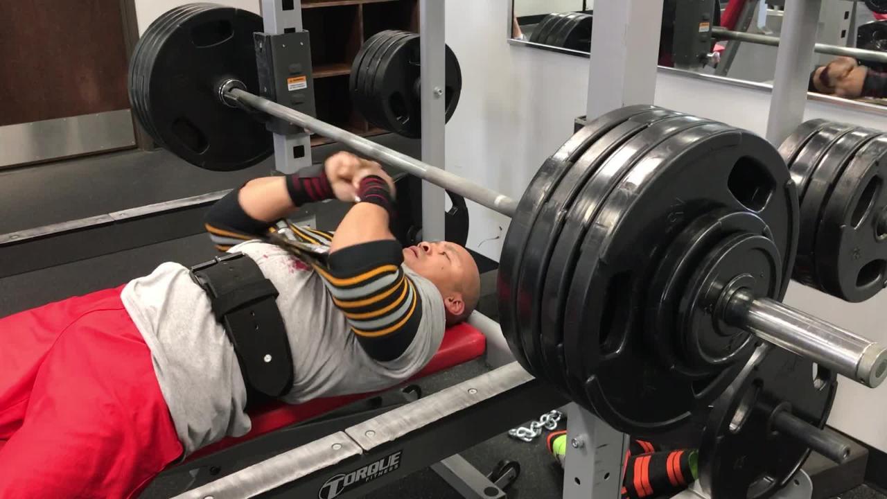 Watch St  Johns' power lifter Bobby Body bench press 425 pounds