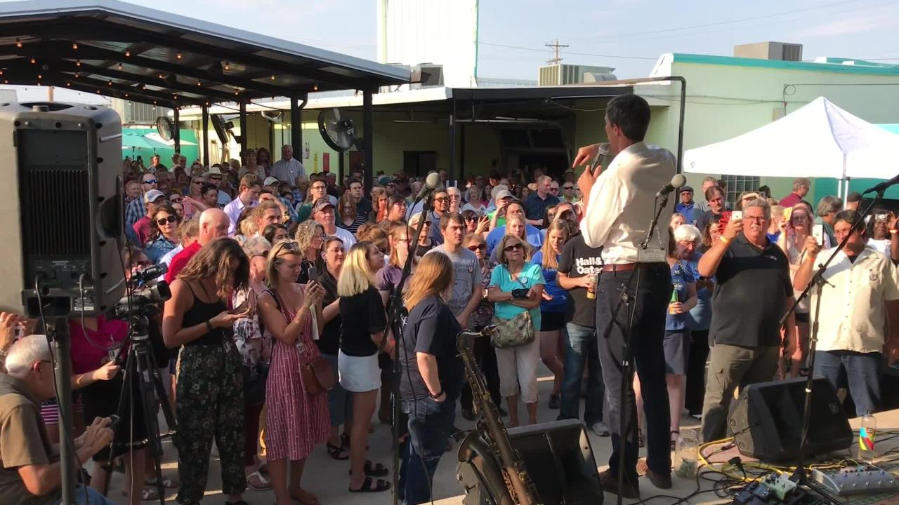 U.S. Rep. O'Rourke stopped by the Concho Pearl Icehouse in San Angelo as part of his campaign for a U.S. senate seat.