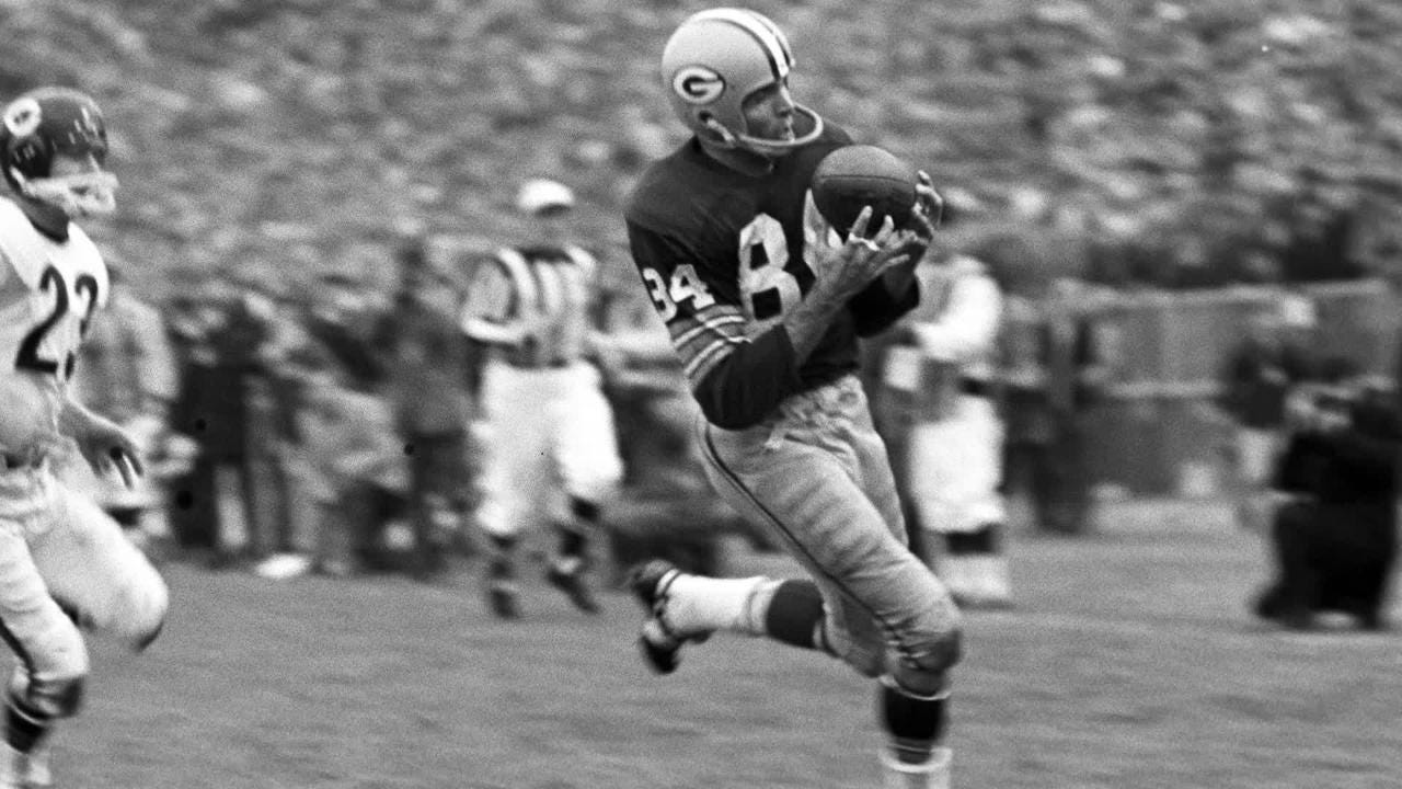 Green Bay Packers in the 1960s lived in regular neighborhoods and considered themselves just members of the community.